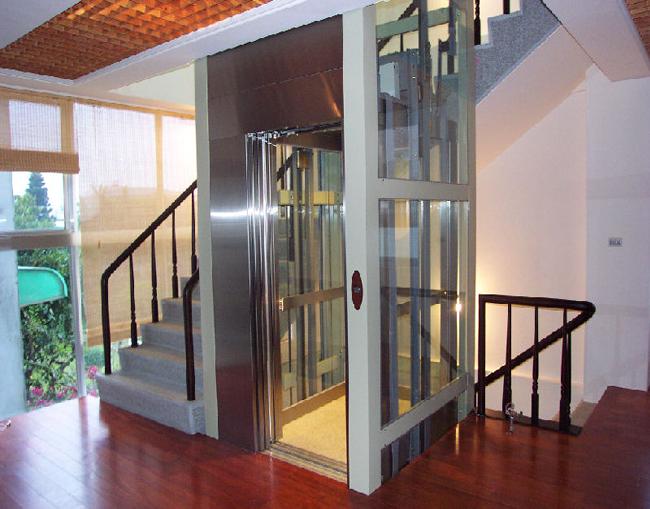 các loại cầu thang máy gia đình